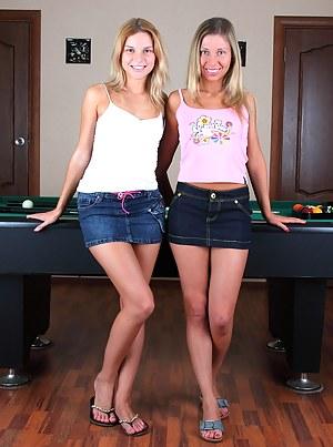Lesbian Legs Porn Pictures