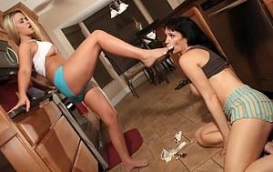 Crazy Lesbian Porn Pictures
