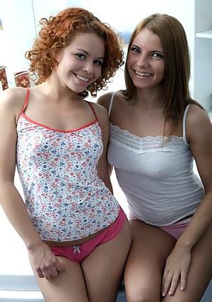 Lesbian T-Shirt Porn Pictures